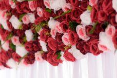 kvetinova-stena-so-zavesom-passione-detail