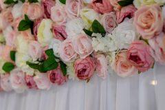kvetinova-stena-so-zavesom-4